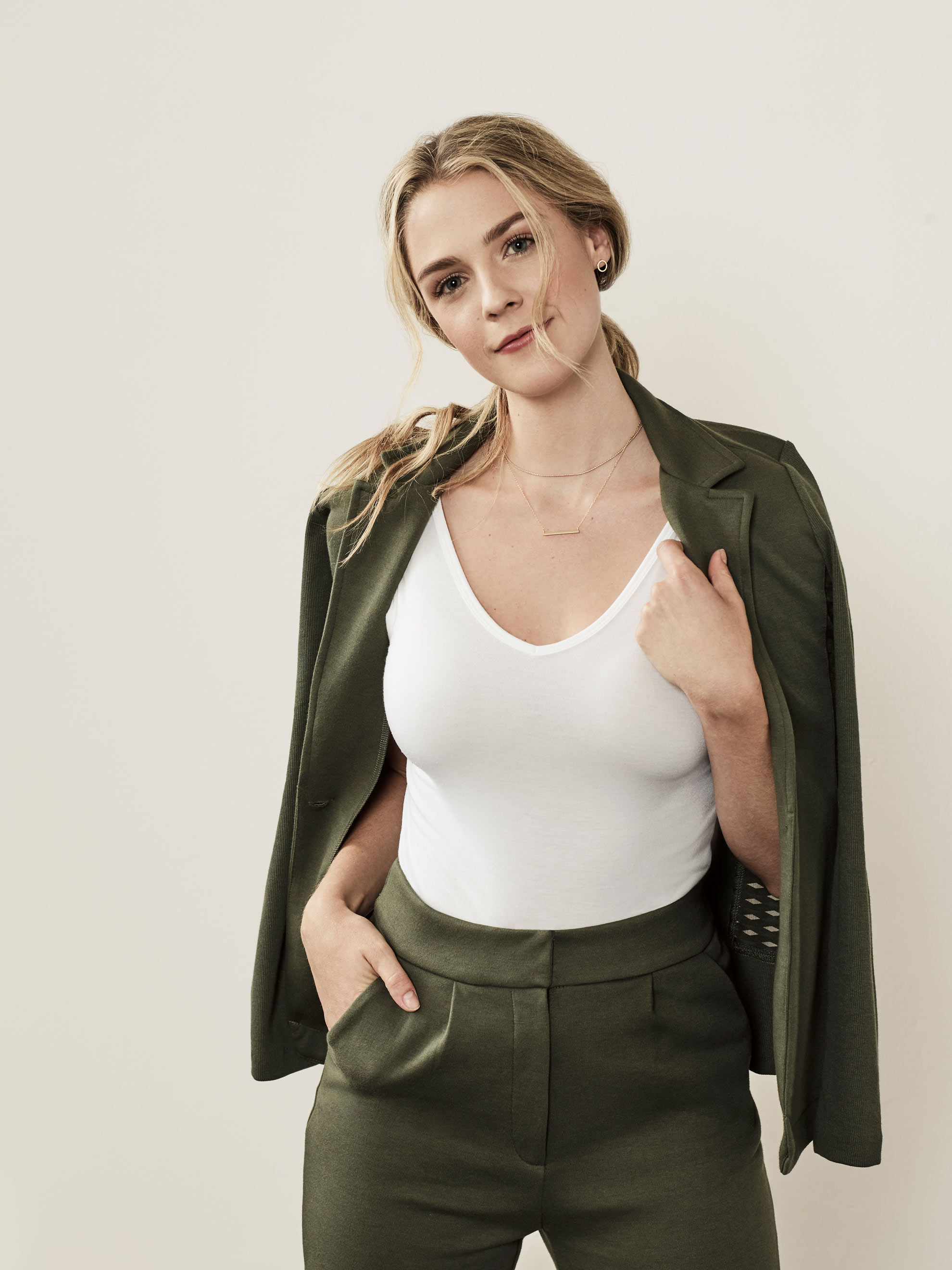 Fruit2529_Blazer_MilitaryGreen-07214_Edit_Final-copy-2